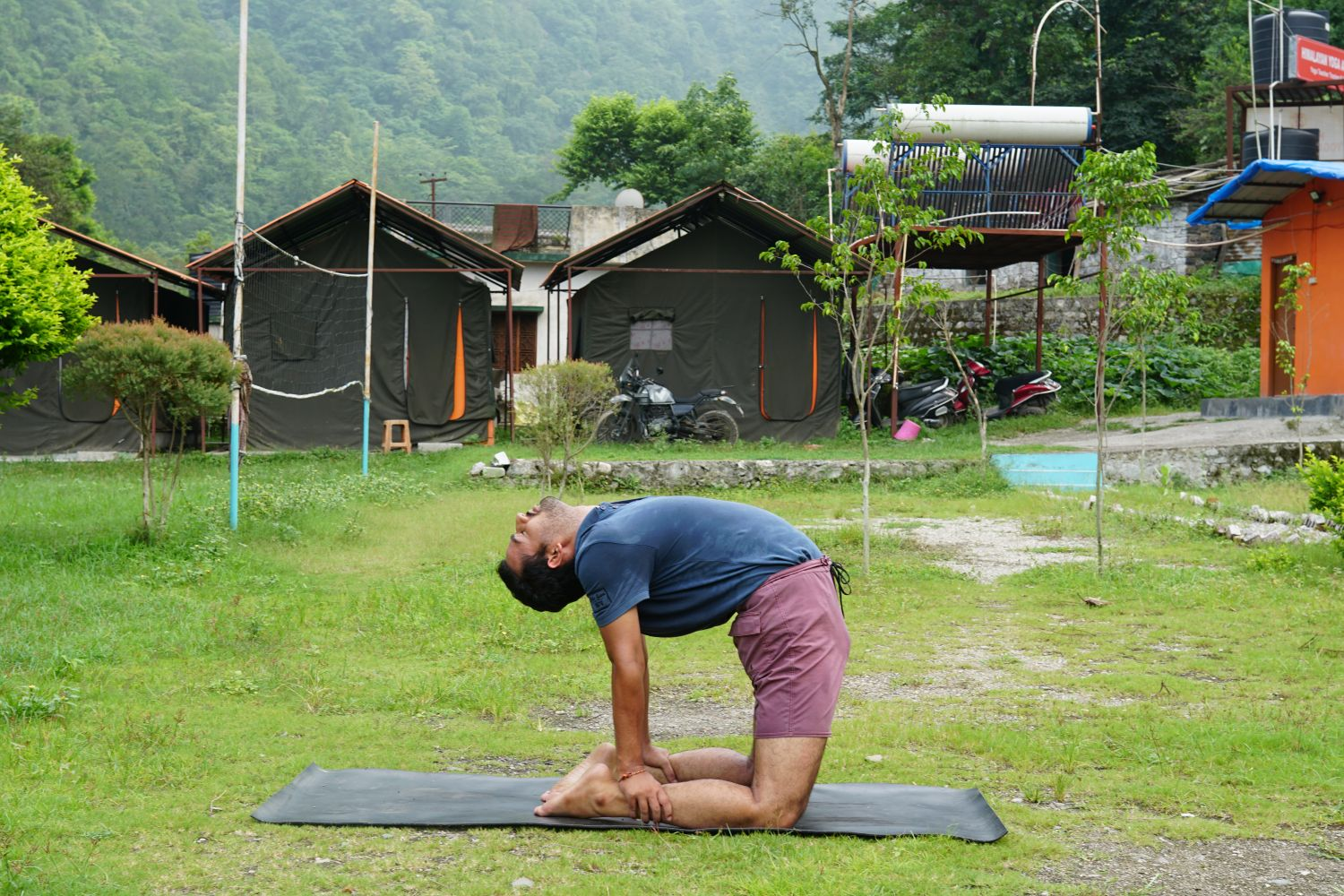 best yoga teacher in rishikesh india (9)